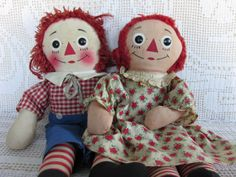 Vintage Knickerbocker Raggedy Ann and Andy - this sweet pair has been well-loved!