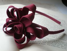 In a Zip –Zipper Flower Tutorial