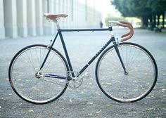perfect bicycles, bike porn, vintage bikes, singl speed, bicycle single speed, harvest singl, classic bike, blues, single speed racing bike