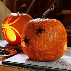 7 Bewitching Halloween Decorations