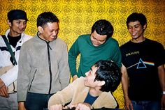 Laila's Lounge (Malaysia) was formed in 1998 when they played numerous shows in the late 90s and early 2000, captivating audience with their musical textures and sonic-like sound scape garnering positive reviews from the general gig going community in the process at that time. After many changes in the performers, in 2004 the band was reformed and creating new material. #LailasLounge #Malaysia #SEASongoftheWeek More info/listen: http://www.cseashawaii.org/2013/04/lailas-lounge/