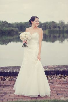 A simply stunning gown: http://www.stylemepretty.com/georgia-weddings/saint-simons-island/2014/10/17/destination-wedding-on-saint-simons-island/ | Photography: Alea Moore Photography - http://aleamoore.com/