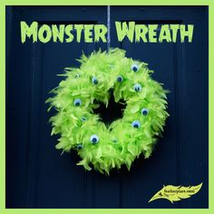 DIY Feather Monster Wreath - The Feather Place #DIY #Feathers #feathercrafts #DIYwithfeathers