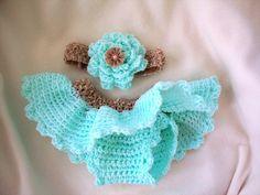 Newborn Crochet Tutu diaper cover and headband set.