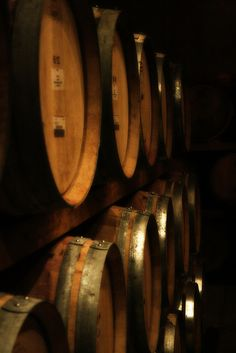 wine barrels made from Canadian Oak