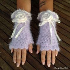Crochet romantic fingerless mittens Made by BautaWitch  DIY - pattern in my blog. Welcome!