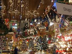 Bronner's Christmas Store, the world's largest in Frankenmuth, Michigan