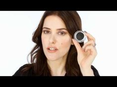 Lisa Eldridge - how to apply the Autumn-Winter 2011 Chanel Collection, Illusions d'ombres