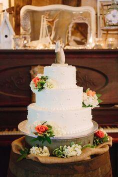 Barn Wedding Cake