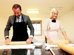 iloveroyalfamilies:  Crown Prince Haakon and Crown Princess Mette-Marit try their hand at pastry, September 9, 2014