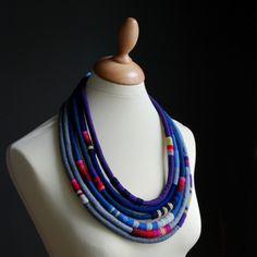 Long multilayer necklace