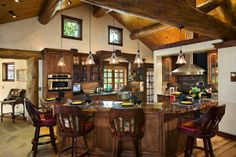 Petersen-Wyoming-reclaimed-timber-home-kitchen
