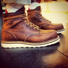 Brought these back with me from the States, love them! 1907 6'' Moc Toe - Copper Rough & Tough with Norwegian Welt. #redwing #redwings #redwingshoes #boots #amsterdam #shoes #usa #burlington
