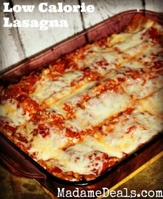 Delicious Low Calorie Lasagna Recipe http://madamedeals.com/low-calorie-healthy-lasagna-recipe/ #inspireothers #recipes #lowcalorie