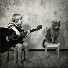 Beautiful Friendship between a Cute Girl and Her Cat | Weird Things, Weird Pictures, Photo Blog