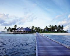 The perfect place to stretch your legs after an #FSJet flight... (At @Four Seasons Resorts Maldives)
