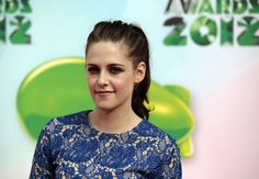 KStew arrives at the Nickelodeon Kids' Choice Awards show on Sunday.  More Photos: http://bit.ly/HfW30U  Photo Credit: AP Photo/jason Redmond