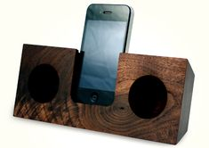 Wood iPhone Amplifier