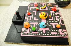 Awesome geek cake of Pacman game