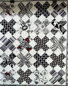X Ray quilt #modernquilts       Beautiful Black and White  Quilt