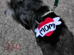 Puppy Love – I Heart Mom Bandana For Dogs (free pattern)