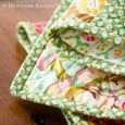 Binding corners of a quilt