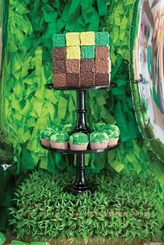Block Party Minecraft Birthday Madness- The cake and cupcakes