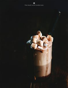 Hot chocolate with mint and almonds