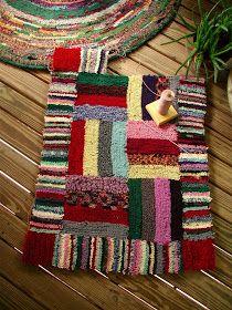 shirret rug, rug hook, hook rug, wool rug