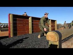 ▶ How would you do on the Marine Corps Obstacle Course?