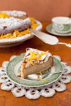 A Glimpse at Recipes of The Past: Gateau Grand Marnier - Orange Liqueur Cake