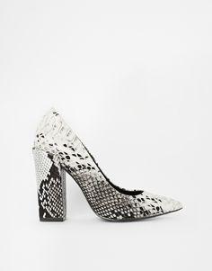 River Island Block Heel Court Snake Print Shoes print shoe, island block, river island, block heel, snake print, court snake, heel court