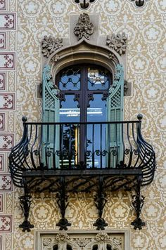 Just a Faase...: Rainy Day Challenge: Beautiful Balconies of Europe!
