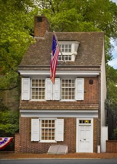 Betsy Ross House | Four Seasons Philadelphia | This restored colonial home, located in Philadelphia's Historic District, is where Betsy Ross lived and where she is credited with making the first US flag