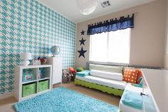 Geometric Accent Wall in Nursery - #projectnursery #houndstooth