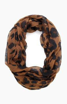 Scarf. Animal print. Love