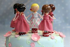 Holly's 8th cake by MagpieJo's, via Flickr