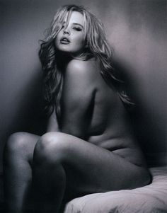 From Flatt Magazine, a photograph of plus-size model Georgina Burke (Jag Models, size 14/16)