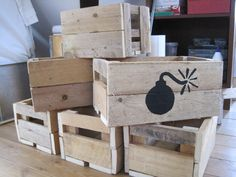 Wooden crates raw and unique way, made of wooden pallets #DIY #inspiration #reuse #recycle