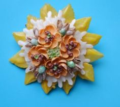 Vintage Seashell Brooch Pin