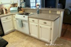 Kitchen Cabinet Makeover w Chalk Paint End