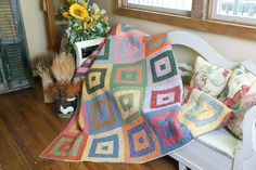 Round and Round by Ramona Sorenson, featured in Quilters Newsletter's Best Fat Quarter Quilts 2012