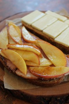 Caramelized Apple & Ham Grilled Cheese