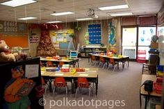 blog for teachers decor for classrooms. Rachel And Emily check it out!