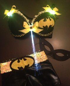 Batgirl :)  by  www.etsy.com/...