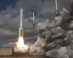 Curiosity Rover Lifts Off for Mars