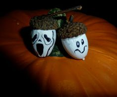 Make it easy crafts: Little acorn ghosts