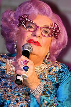 Dame Edna - http://weightlossdietstart.com/dame-edna.html