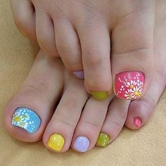 I think this pedi is adorable but I am not sure I could pull it off