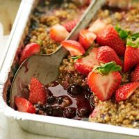 Grilled Berry Crumble! This would be super fun July 4th!